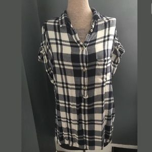 American eagle outfitter soft shirtsleeve flannel